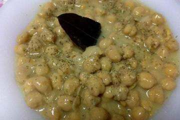 HELLASTHIVA: Ρεβύθια λεμονοριγανάτα