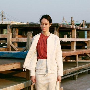 [Texture Jacket] A #jacket featuring an #unique #style textured pattern. #Collarless. Long sleeves. Full zipper placket. Drawstring hem. #koreanjacket #koreanfashion #asianfashion #koreanclothes #koreanclothing #pinstripe #midiskirt #skirts #fashiontoany