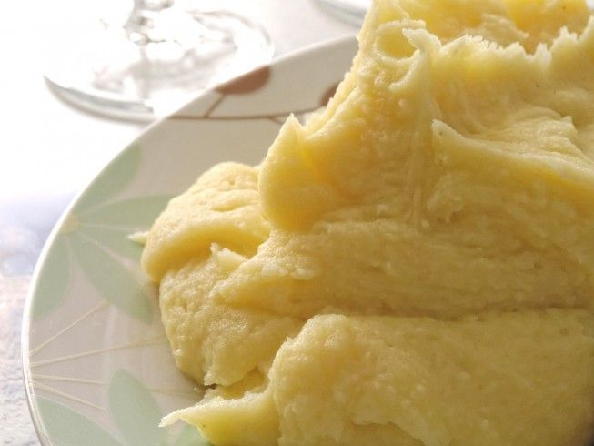 Americas Test Kitchen Mashed Potatoes.  Made with potatoes, salt, half-and-half or whole milk, butter, black pepper | CDKitchen.com