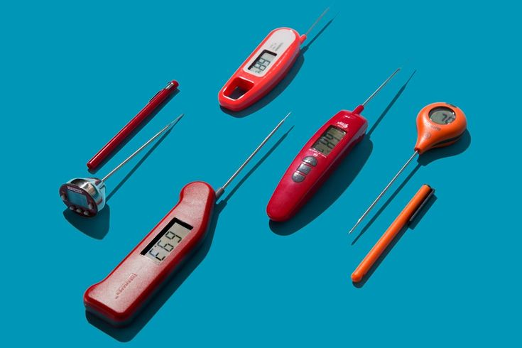 An instant read thermometer that can be used for meat and candy, so it must measure up to 400F