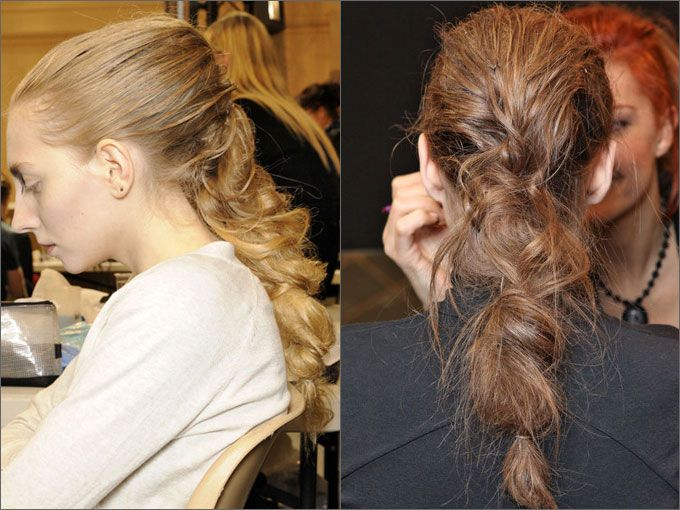 Объемные косы с применением начеса.    Технология такой прически проста: разделить волосы на пряди для будущего плетения, начесать каждую прядь и заплести косу. Финальный штрих – вытянуть отдельные пряди в стороны, чтобы коса получилась более объемной и небрежной.    A.F. Vandevorst
