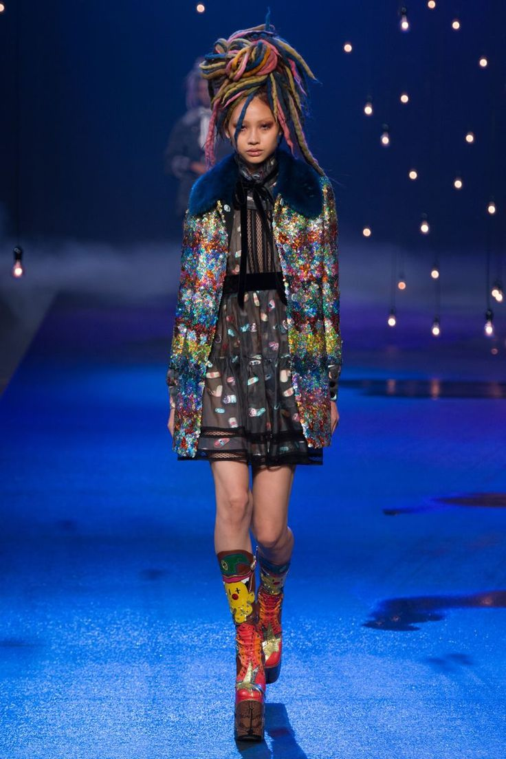 Marc Jacobs Spring/Summer 2017 - Fairy Tail Glitter Outfit
