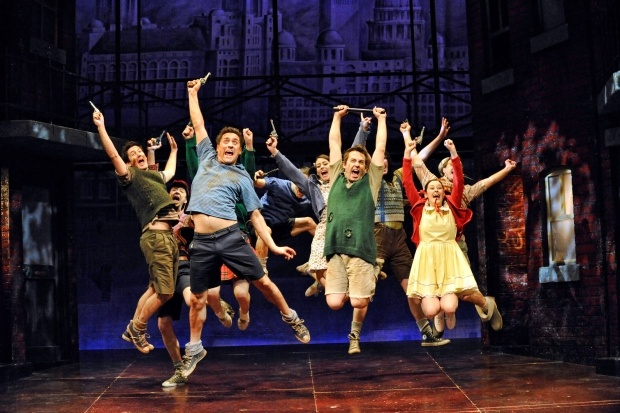 Blood Brothers At the Phoenix Theatre Group Shot © Bill Kenwright Ltd #Theatre #London #Westend