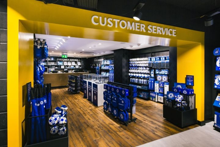"""Emotions in """"Blue"""": FC Chelsea opens Megstore at the stadium"""