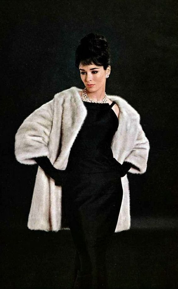 Sondra Peterson in Dior Mink, 1961, photo Jacques Decaux