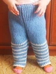 Как связать штаны для новорожденного