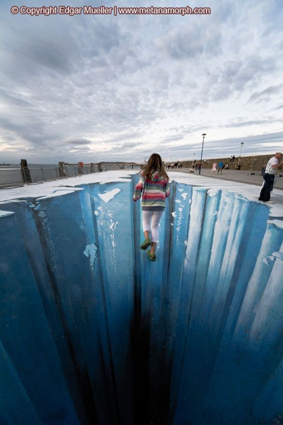 3D street art by Julian Beever...see video here...