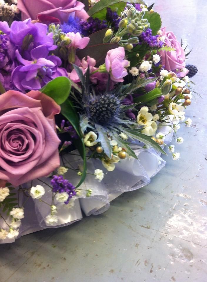close up of the double ribbon edge on the posy pad from the Funky Florist Andover Hampshire