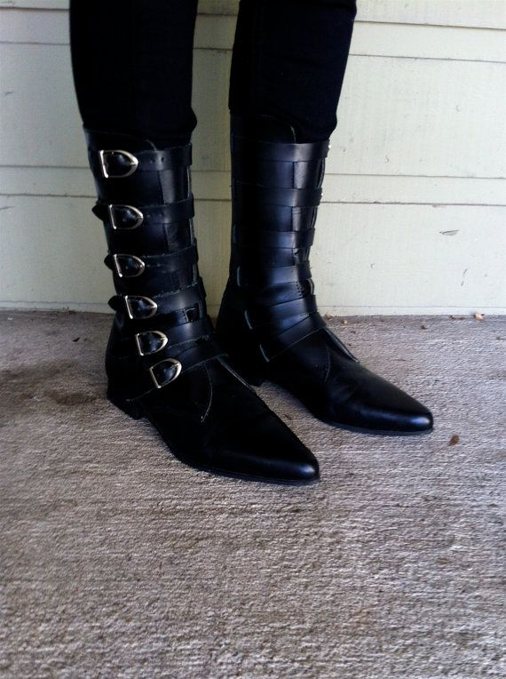 VIntage 90s Pointy Toe BUCKLE BOOTS Black Leather Sz 7.5-8