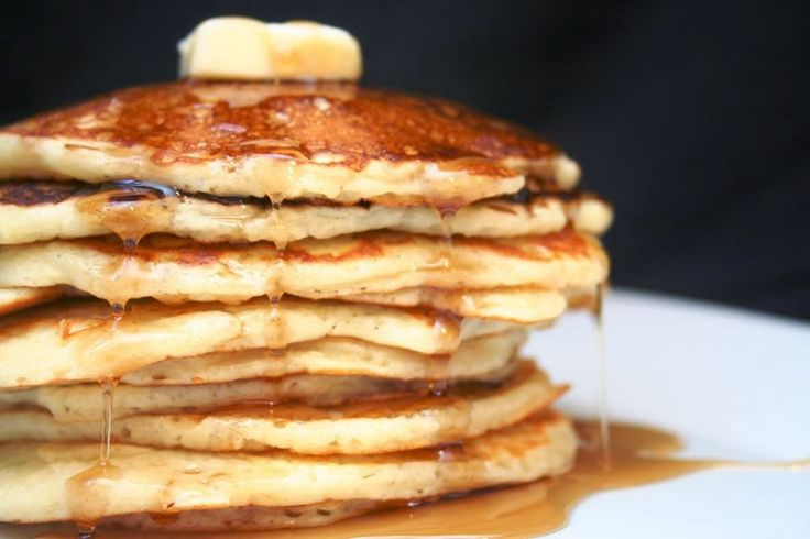 Biggest loser oatmeal & egg white pancakes. They say once you try these, you will never go back. tastes like French toast!   Ingredients: 6...