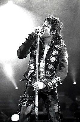 Michael Joseph Jackson (Gary (Indiana), 29 augustus 1958 – Los Angeles (Californië), 25 juni 2009), bekend als The King of Pop, was een Amerikaans zanger, danser en componist. Hij geldt als een van de meest succesvolle artiesten van de 20e eeuw. Jackson onderscheidde zich door zijn herkenbare stem en zijn typische dansbewegingen.