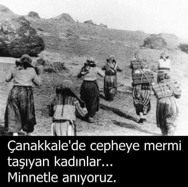 Women carrying shells to the front during the Turkish War of Independence.