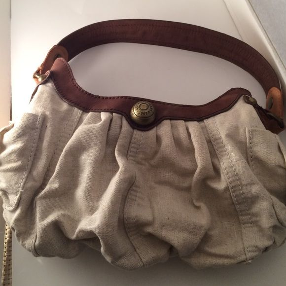 Gap  purse Cap  tan color purse ,new without tag ,so cute purse ,nice for summer ,bundle to save for shipping Gap Bags Crossbody Bags