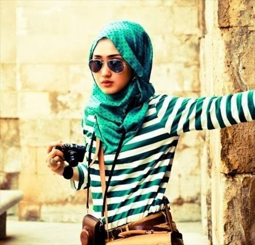 Hijab Styles - Broaches or Charms 2014 | Hijab 2013 to 2014