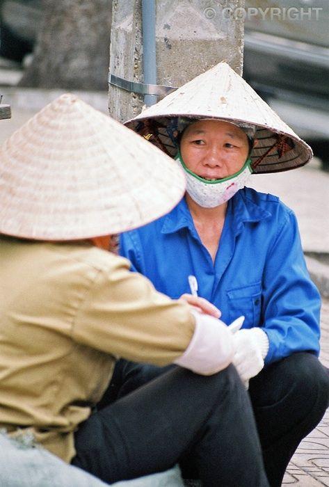 Chatting - Saigon Streets