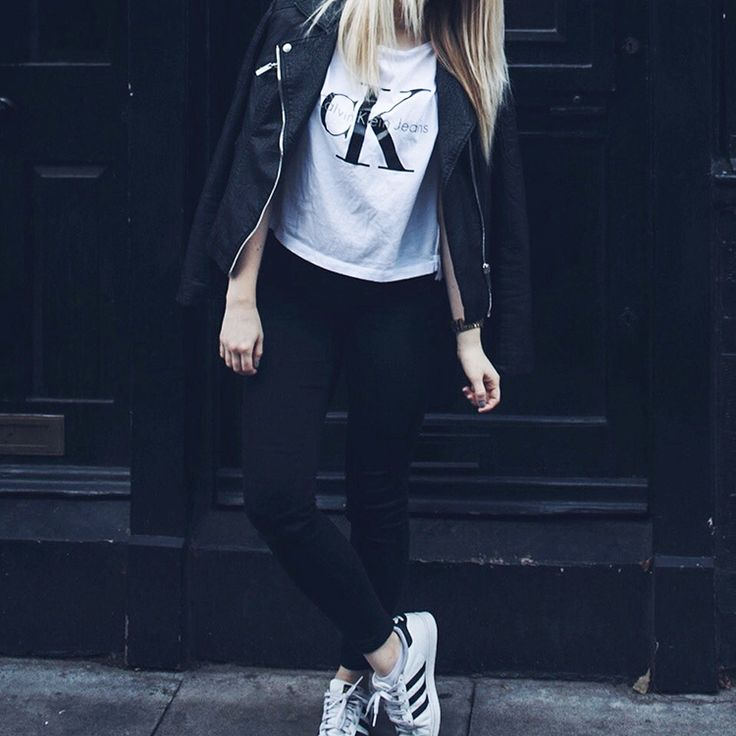 calvin klein tshirt and adidas superstars outfit / http://club-avenue.blogspot.com