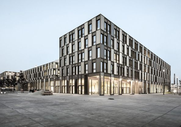 Komplexe Harmonie  - Fachhochschule in Bielefeld von Auer Weber