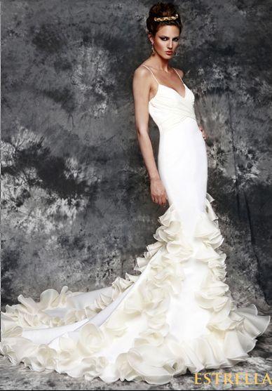 Flamenco fashion for brides by Vicky Martin Berrocal5