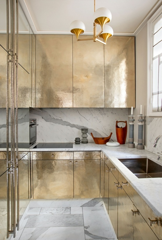 jean louis denoit- gold kitchen - I'd like to see it with darker walls for extra drama!