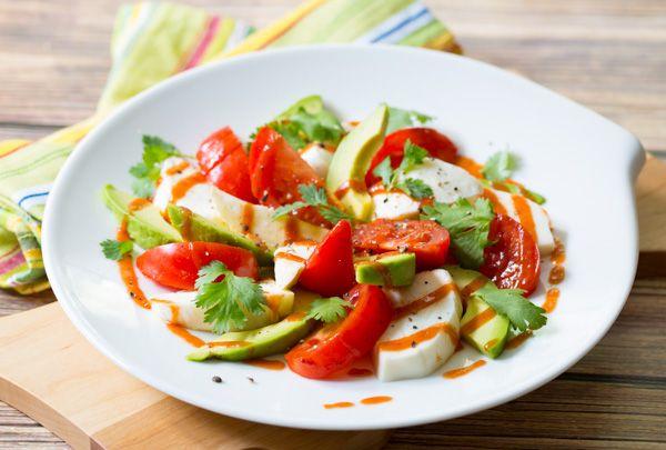Mexican Caprese Salad via @spicyperspectiv