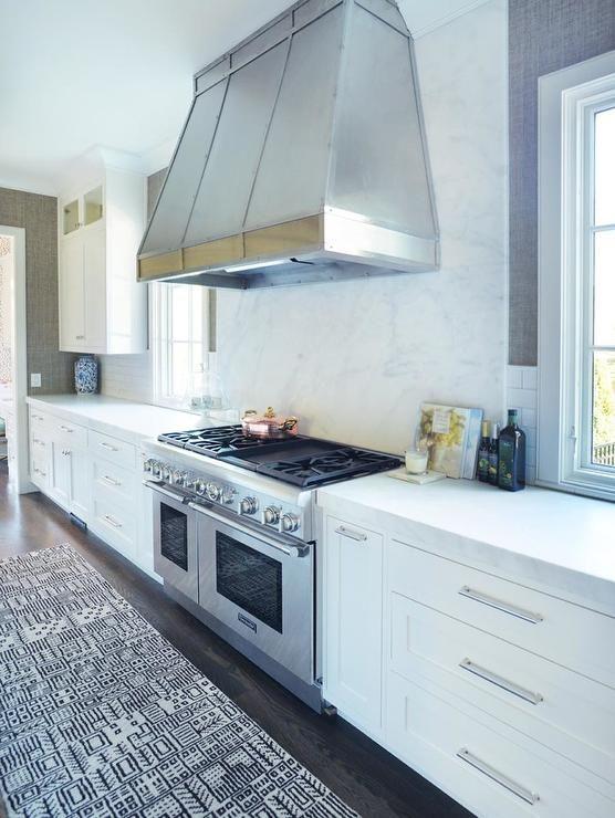 Marble cooktop backsplash kitchens pinterest for Textured kitchen wallpaper
