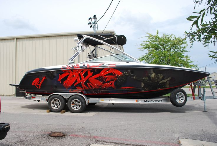 Boat wraps boats and graphics on pinterest for Fishing boat cost