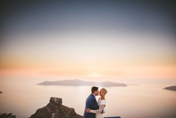 First Look Photography session | A fashion savvy bride in Santorini | Image by Sam Hurd | Stella And Moscha Exclusive Greek Island Weddings   #weddingportrait #santoriniphotographer #santoriniwedding #santoriniflorist #stellaandmoscha #santoriniweddingplanner