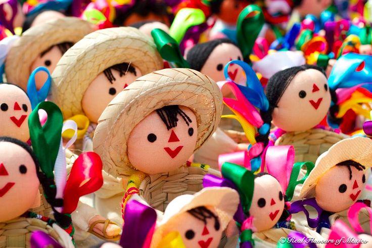 Muñequitas y muñequitos hechos por trabajadoras manos indígenas de México ✿⊱╮
