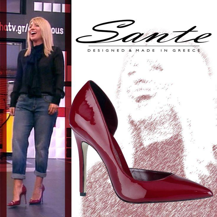 Η Maria Iliaki στο Deste tous με Sante Shoes γόβα μυτερή από λουστρίνι #SanteLovers