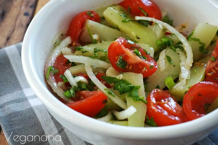 Salada de Chuchu com Tomatinho Cereja