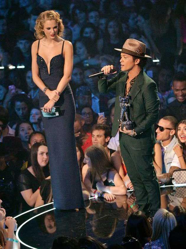 Los famosos más bajitos de estatura - Bruno Mars