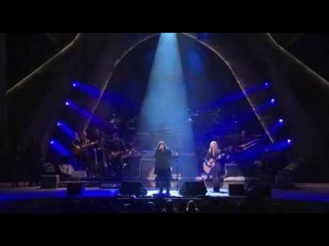 Heart (Ann & Nancy Wilson) cover Stairway to Heaven in honor of Led Zeppelin 12.02.12 at the Kennedy Center Honors. Jason Bonham, son of the late drummer of LZ, John Bonham (Bonzo), rocked it on the drums. Catch Bonnie Raitt in the audience. (Thank you Mark & Judy for turning me onto this tribute performance!) :-)