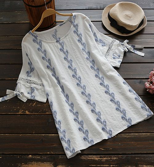 As the seasons change, optimize your comfort and beauty with some new outfits. This Printing Casual Top is decorated with Classic print & Casual style to reach its amount of comfort. Total cool girl vibes~