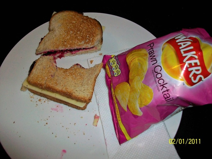 Beet Root and Cheese Sarnie with Prawn Cocktail Crisps! DIVINE!