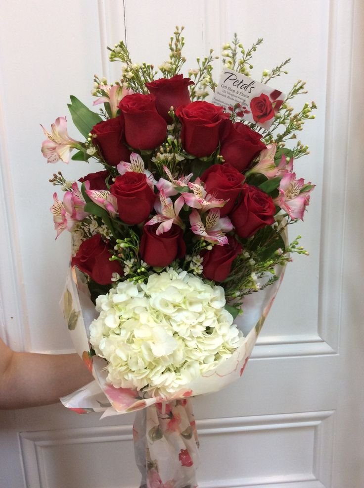 That's why Flowers offers Sympathy Advisors to help you choose a suitable floral arrangement, take religious and cultural traditions into account, and write a personal note to the grieving family. Let Flowers help you express yourself properly by taking advantage of its Sympathy Advisors service.5/5(38).