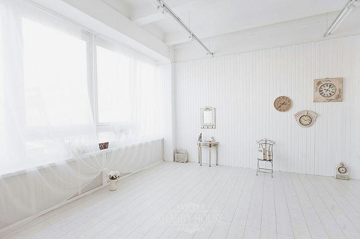 Студия ShabbyHouse, зал White. Стильный и оригинальный интерьер зала выполнен в стиле shabby chic.