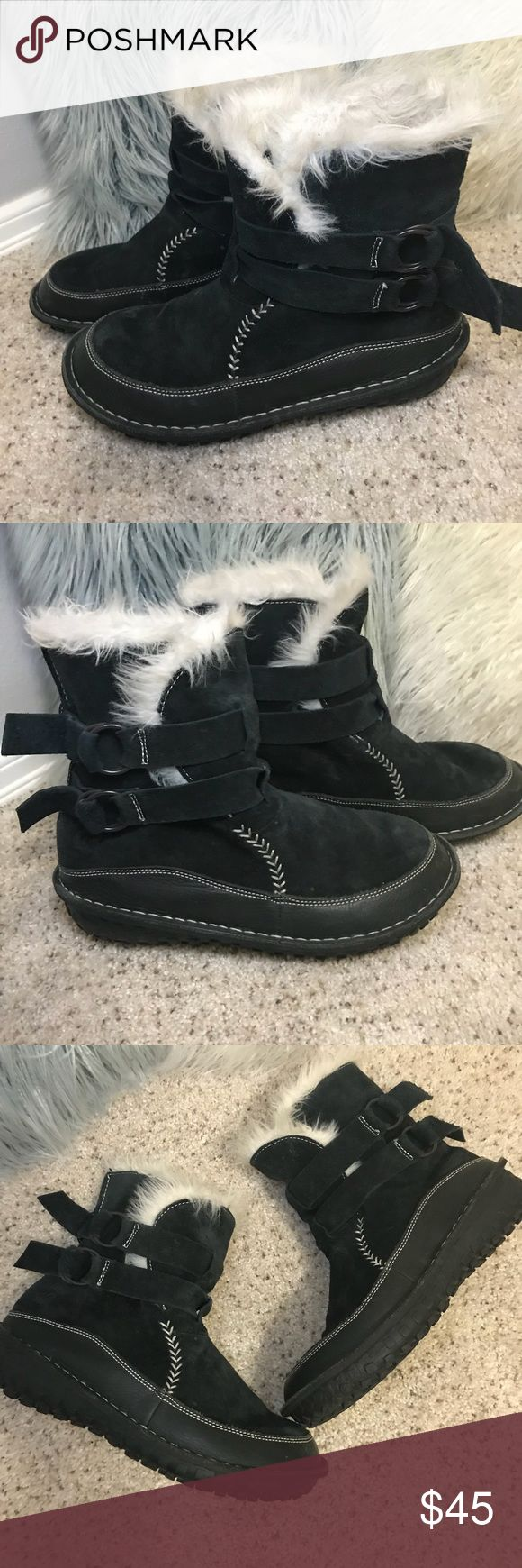 Sorel Tootega Booties Cozy and comfy. Sorel Black Suede,Fur Lined, Winter, Waterproof, Thinsulate Boots. Slip-on style with adjustable buckles. Sorel Shoes Winter & Rain Boots