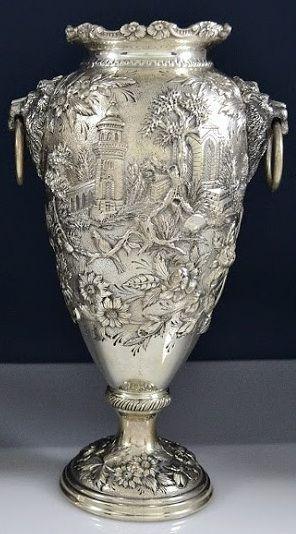 oro y plata  fue lo que los Espanoles ye llebaro asu pais de los pueblos endigenas en america..