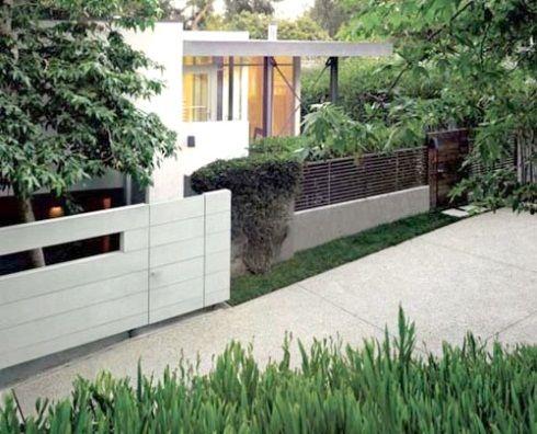 Modern Fence Design Of Minimalist House