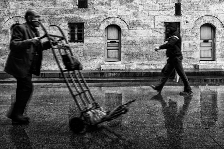 Street Porter by Masis Usenmez on 500px