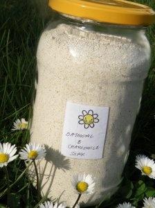 Colloidal Oatmeal Bath Soak (with chamomile)