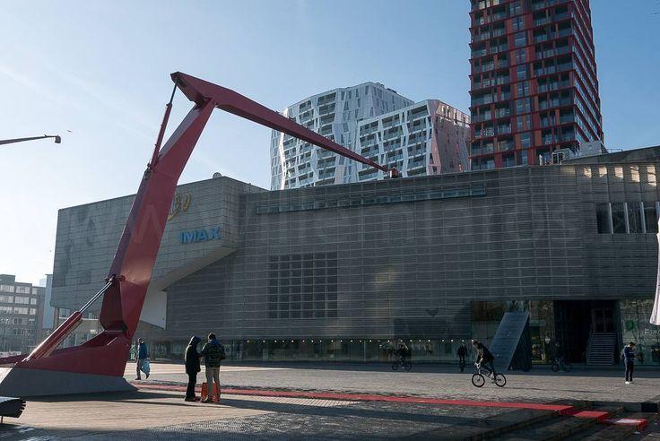 Centrum Rotterdam. Doelen Lijnbaan en meer. #fb #photography #travelphotography #traveller #canon #canonnederland #canon_photos #fotoreis #travelblog #reizen #reisjournalist #travelwriter #willemlaros.nl #reisfotografie #landschapsfotografie #follow #instalaros #rotterdam #straatfotografie #tw
