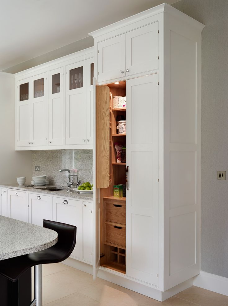 newport in black and white sola kitchens