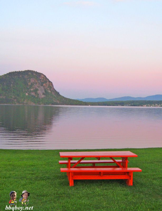 Picnic table at Lake Lyster - site of our favorite hike in the region: http://bbqboy.net/our-favorite-eastern-townships-hike-mt-pinacle-quebec/ #quebec