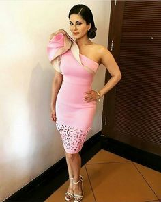 @sunnyleone looks pretty in a blush pink dress by Vidhi Wadhwani for MTV Splitsvilla 9  Styled by @hitendrakapopara #bollywoodactress #bollywood #bollywoodfashion #sunnyleone #sunnyleaonefans #sunnyleaonefc #babydoll #fashion #indian #indianfashion #indianstyle #fashiondiaries #bollywoodstyle #mumbai #delhi