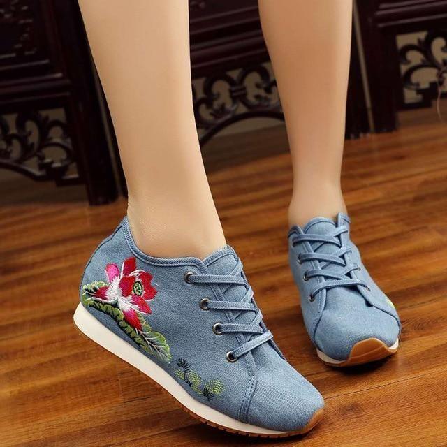 Mulheres Sapatos de Lótus Bordado Lona de Viagem Chinês Lace Up Plataformas de Pano de Algodão Casuais Sapatos Mulher Sapato Feminino   – Products