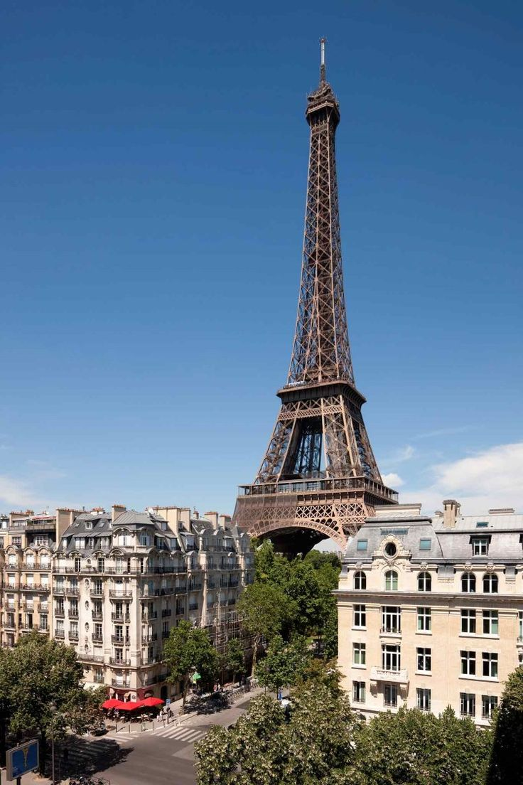 Best 25 Hotels Near Eiffel Tower Ideas On Pinterest Hotel Tour Pictures Of And Paris