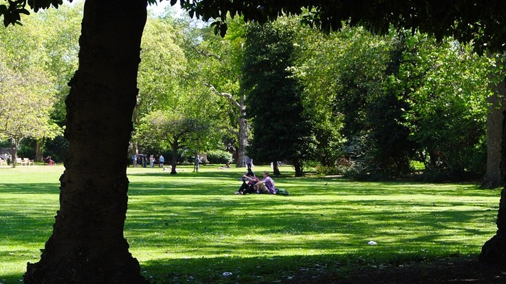 chilling in Lincoln's Inn Fields