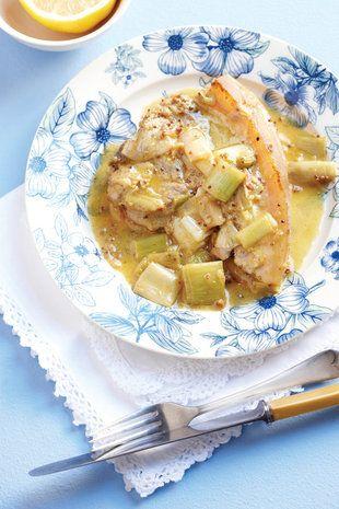 Varktjops met prei-en-roomsous | SARIE | Pork chops with leek and cream sauce