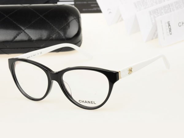17 Best ideas about Chanel Glasses on Pinterest Chanel ...